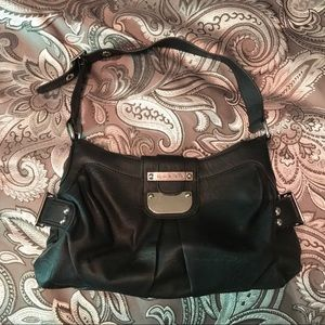 Guess purse, barely used